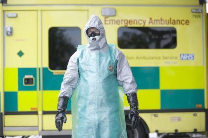 xl43-ebola-141012132127_medium.jpg.pagespeed.ic.6PZMdYWYEp